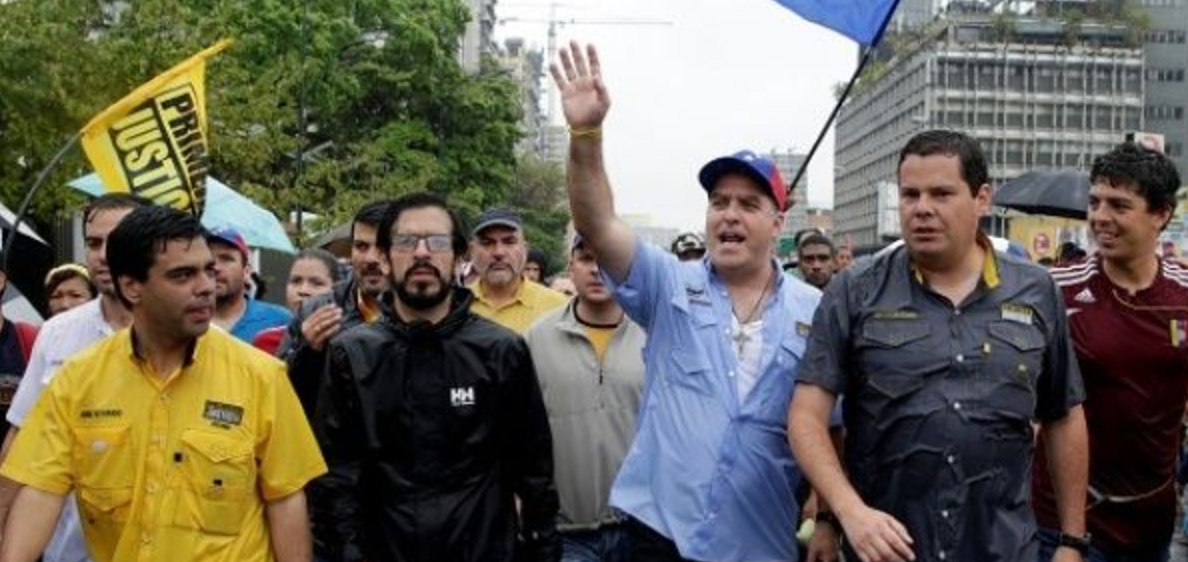 Opposition leader Julio Borges (third from left) sent more than a dozen letters to international banks asking them to withhold financial credit from the Venezuelan government, the Associated Press has revealed. (Reuters)