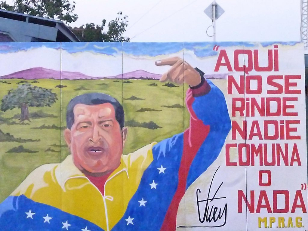 "Mural reads: ""Nobody surrenders here. Commune or Nothing"". (Archive)"