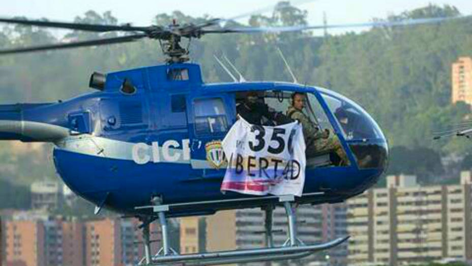 "The banner reads ""350 Liberty"" in reference to the Venezuelan constitutional article authorizing civil disobedience in the face of the trampling of democratic norms or human rights. (@ProtestasVenezuela)"