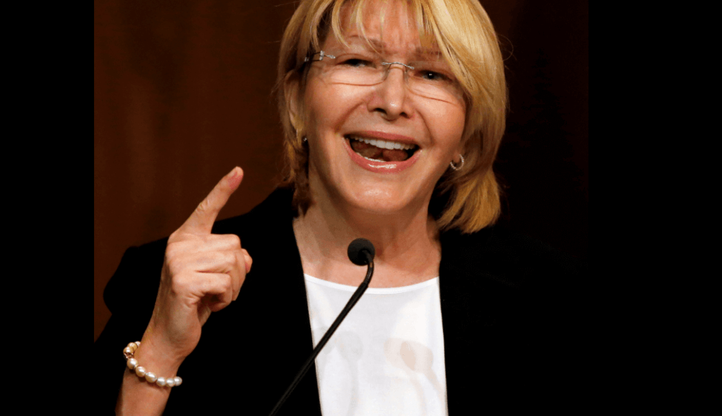 Luisa Ortega and her husband, German Ferrer, arrived in Colombia on Friday. (Archive)