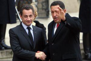Venezuelan President Hugo Chavez meets with his French counterpart Nicolas Sarkozy in Paris on Tuesday (Henry Tesara, ABN)