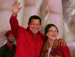 Newly appointed Minister of Women's Affairs, Maria Leon with President Hugo Chavez (ABN)