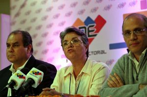 International observers present their accounts of Venezuela's elections in a press conference Monday (ABN)