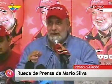 Mario Silva, loosing PSUV candidate for the state of Carabobo, talks to the press. (YVKE)