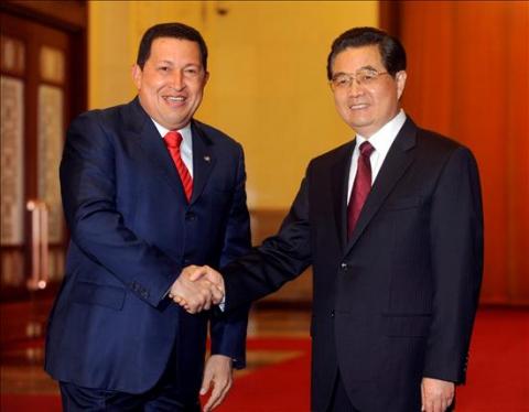 Venezuelan President Hugo Chavez and Chinese President Hu Jintao (ABN).