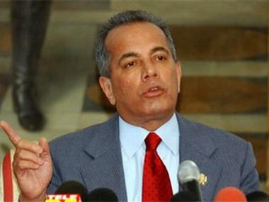 Maracaibo Mayor Manuel Rosales (YVKE).
