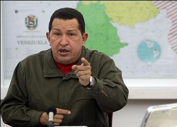 President Chavez speaking on national television on Tuesday night (Prensa Presidencial)