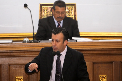 Minister Tarek El Aissami talking to the National Assembly yesterday  (ABN)