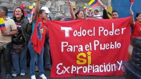 """Factory take-over of Fama de America, La Yaguara, Caracas (Arturo Alejandro Sánchez / Aporrea.org)"