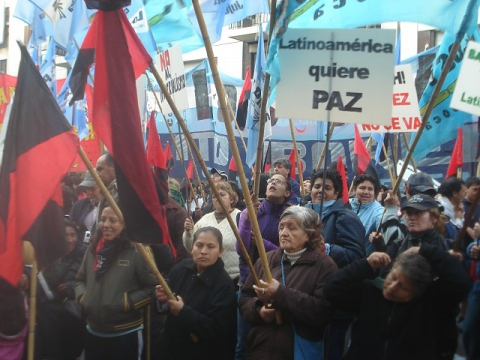Pro Chavez and anti bases protest in Buenos Aires on Friday (ZC)