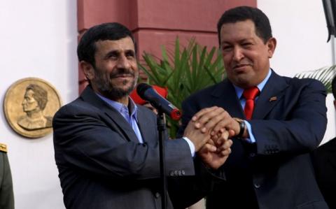 Venezuelan President Hugo Chavez (left) and Iranian President Mahmoud Ahmadinejad (ABN)