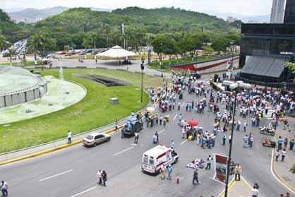 The CTV protest in Caracas at 12.30pm (Ciudad CCS)