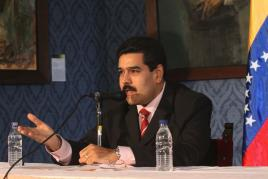 Minister Nicolas Maduro talking to press today (AVN).