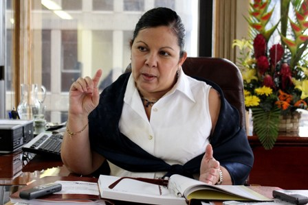 University Education Minister Marlene Yadira Cordova (Aporrea).