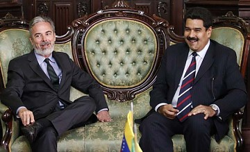 Brazilian Foreign Minister Antonio Patriota met for the first time with his Venezuelan counterpart Nicolas Maduro on 7 February 2011 (agencies).
