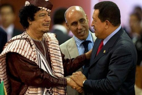 Gaddafi and Venezuelan President Hugo Chávez during Chavez's last visit to Libya (archive)