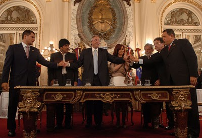 The Bank of the South (Banco del Sur) was first formally established in September 2008 during this meeting of Latin American leaders held in Argentina (Photo: Archive).