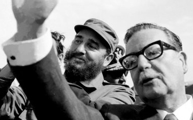 An image of martyr Chilean president Salvador Allende and former Cuban leader Fidel Castro (Photo: Archive).