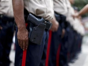 The newly established National Bolivarian Police are part of the government's strategy to decreased crime (archive).