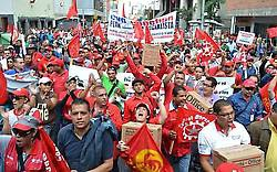 Photo caption: Workers are demanding legislation to consolidate workers' control (Aporrea)