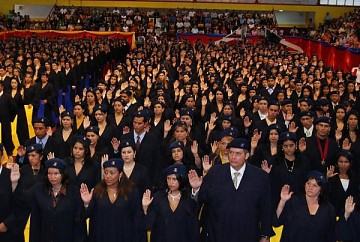 More than 144,000 students have graduated from the Bolivarian University of Venezuela since it was founded in 2003 (YVKE)