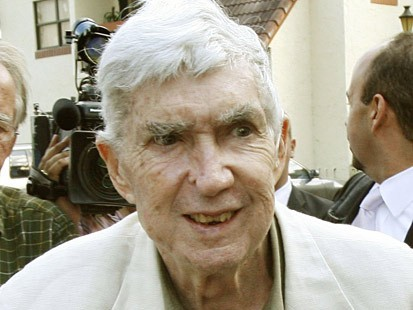 Cuban-born terrorist Luis Posada Carriles (Agencies).