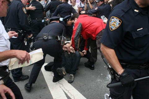 Police crackdown on anti-Wall Street protesters in New York (Flickr.com/Paul Weiskel)