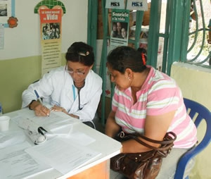 A Barrio Adentro doctor's surgery in Apure state. Community medicine students train and practice in the Barrio Adentros (Abrebrecha).