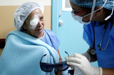 The Venezuelan state's Mission Miracle has performed over 199,000 surgeries throughout the course of 2011 (AVN)