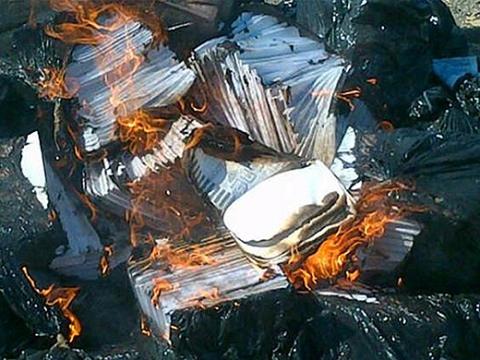 Burning of MUD electoral records (Aporrea)