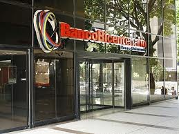 """One of the branches for the state run """"Bicentenary bank"""" (aporrea)"""