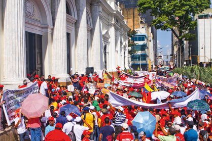 Around 17,000 migrants marched yesterday in the capital Caracas (Ciudad CCS/Luis Bobadilla)