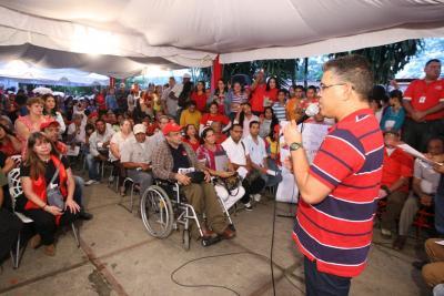 Elias Jaua at a community assembly yesterday (agencies)