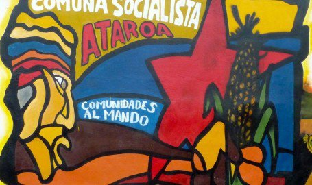 "A mural for the Ataroa Commune in Lara state, which reads: ""communities in charge"" (Ola Bolivariana)"