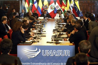 Unasur's first experience in electoral observation was in Venezuela's presidential election in October this year (archive)