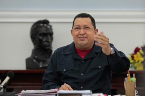 Venezuelans are debating possible political scenarios if Chavez is unable to continue at the helm of the Bolivarian process for health reasons (chavez.org)