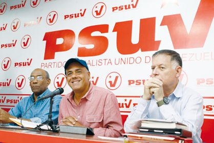 PSUV leader, Jorge Rodriguez (centre) at yesterday's press conference (Ciudad CCS)