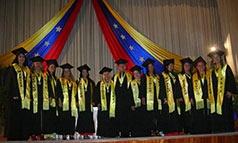 Integral community doctors graduating (Jean Araud)