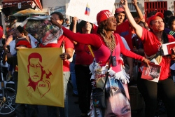 Chavez supporter, 18 March (chavezcandanga)