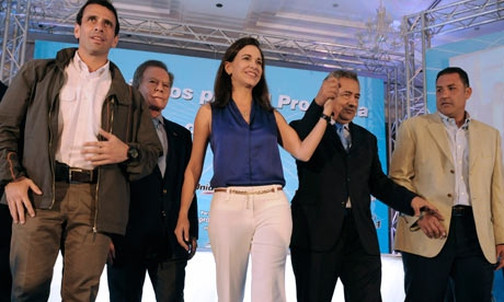 Right-wing coalition candidate for president, Henrique Capriles, with Diego Arria and María Corina Machado.(archives)