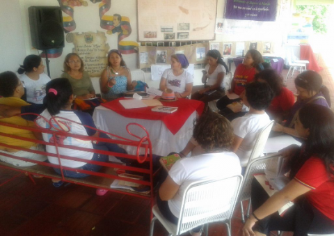 One of the working groups at the meeting (Prensa MinMujer)
