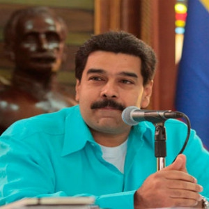Maduro called on supporters to boycott private newspapers yesterday (Archive)