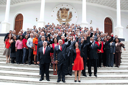The United Socialist Party of Venezuela (PSUV)'s National Assembly majority yesterday voted to re-elect the current holders of the parliament's top posts, including Diosdado Cabello as assembly president (Luis Bobadilla)