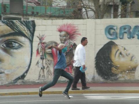 Violent opposition protestors in Merida this afternoon (Tamara Pearson / Venezuelanalysis.com)