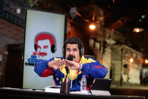 Maduro addresses the nation through his weekly radio program, In Touch with Maduro. (Presidential Press)