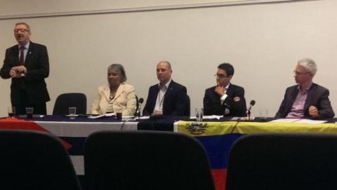 Representatives of the UK union, UNITE, discuss the international importance of Venezuela's Bolivarian Revolution