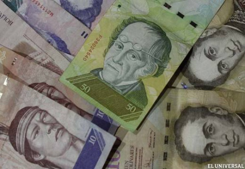 José Khan, Director of the Central Bank of Venezuela (BCV) stated that Venezuela will not devalue the bolivar currency (El Universal)