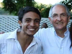 Indicted Mayor, Antonio Ledezma, alongside currently jailed terror plotter, Lorent Saleh (Archives)
