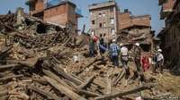 Aid workers from around the world have arrived in Nepal to help with the relief effort since April 25th. (Getty Images/ BBC)