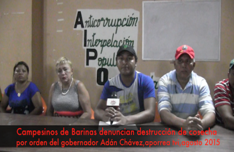 Edison Diaz (center) accuses Barinas state governor Adan Chavez of ordering a raid to evict farmworkers and destroy their crops. (Aporrea Tvi)